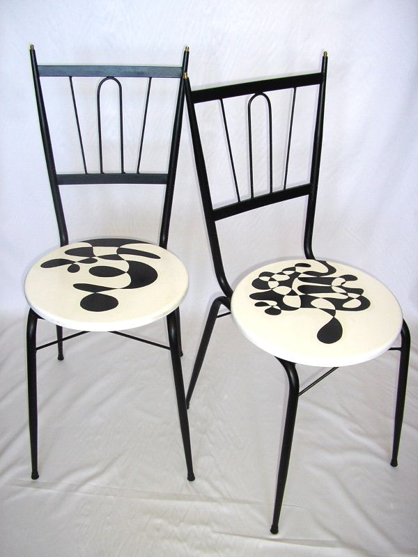 1 Paar Vintage Stühle aus Eisen und Holz, von Hand dekoriert, 45x45x80cm 0