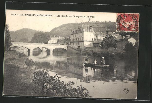 AK Villefranche-de-Rouergue, Les Bords de l\'Aveyron et le Pont 0