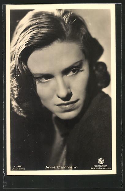AK Schauspielerin Anna Dammann mit Blick zur Seite 0