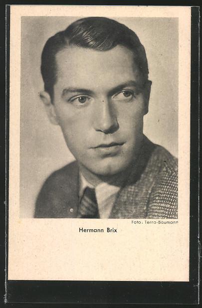 AK Schauspieler Hermann Brix in Anzug posierend 0