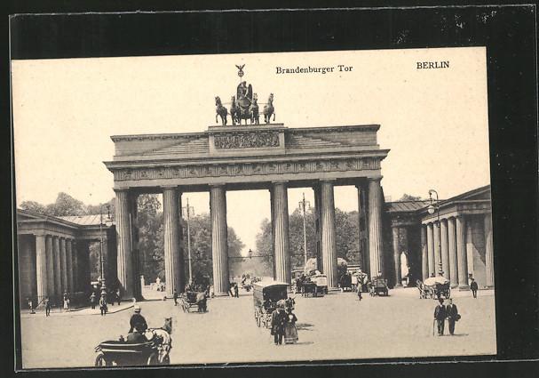 AK Berlin, Brandenburger Tor, Kutschen 0