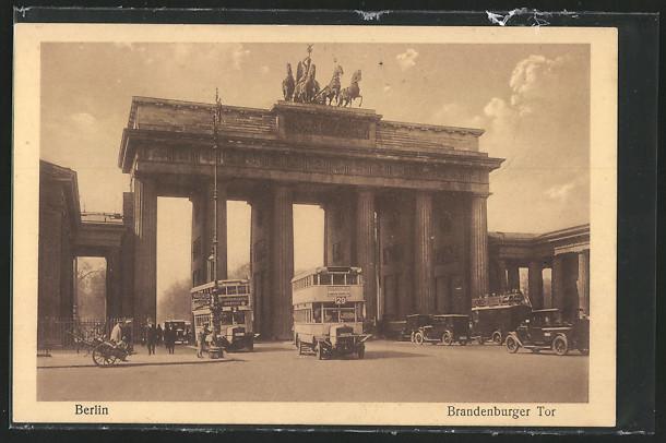 AK Berlin, Brandenburger Tor, Omnibusse 0