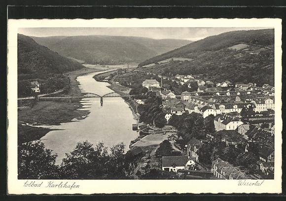 AK Bad Karlshafen, Blick ins Wesertal mit Teilansicht des Ortes