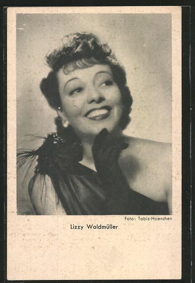 AK Schauspielerin Lizzy Waldmüller lächelnd zur Seite schauend 0