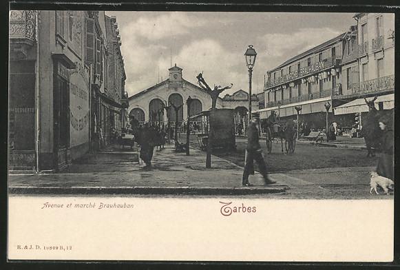 AK Tarbes, Avenue et marche Brauhauban 0