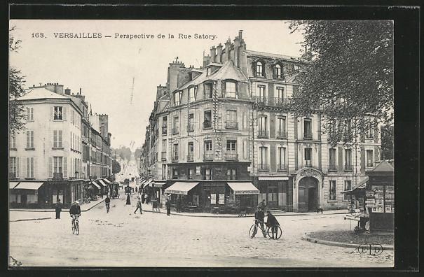 AK Versailles, Perspective de la Rue Satory 0