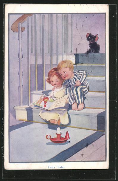 AK Fairy Tales, zwei Kinder sitzen bei Kerzenschein auf einer Treppe und lesen ein Märchenbuch 0