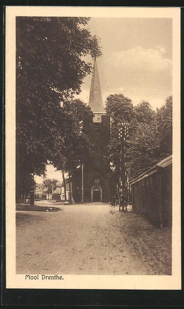 AK Gieten, Kerk, Strassenpartie mit der Kirche