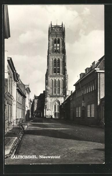 AK Zaltbommel, Nieuwstraat mit Blick auf Kirche