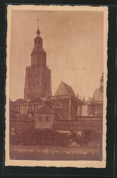 AK Zutphen, Blick auf St. Walburgistoren