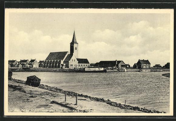 AK Middenmeer, Ned. Herv. Kerk, Blick über den Kanal zur Kirche