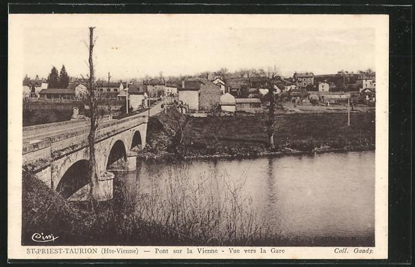AK St-Priest-Taurion, Pont sur la Vienne, Vue vers la Gare