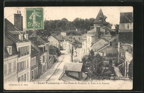 AK Saint-Florentin, Rue Basse du Rempart, la Tour et le Prieuré