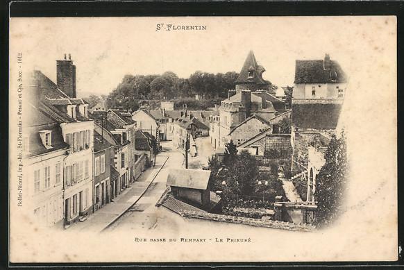 AK Saint-Florentin, Rue Basse du Rempart- Le Prieuré