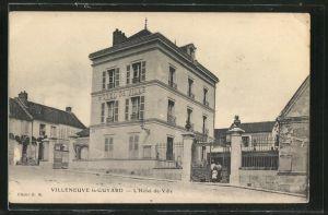 AK Villeneuve-la-Guyard, L'Hôtel-de-Ville