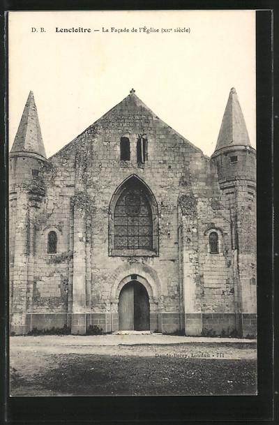 AK Lencloitre, La Facade de l'Eglise