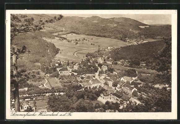 AK Weissenbach, Ortschaft vom nahen Berg aus gesehen