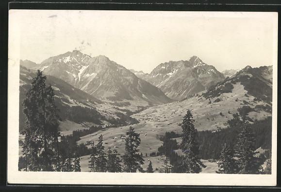 AK Hirschegg, Panorama mit Elfer-und Zwölferhorn, Widderstein