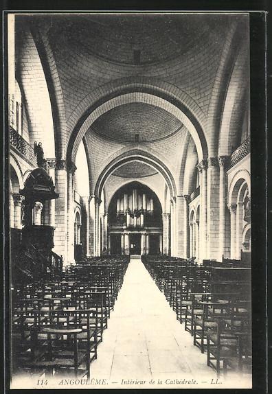AK Angouleme, Intérieur de la Cathédrale