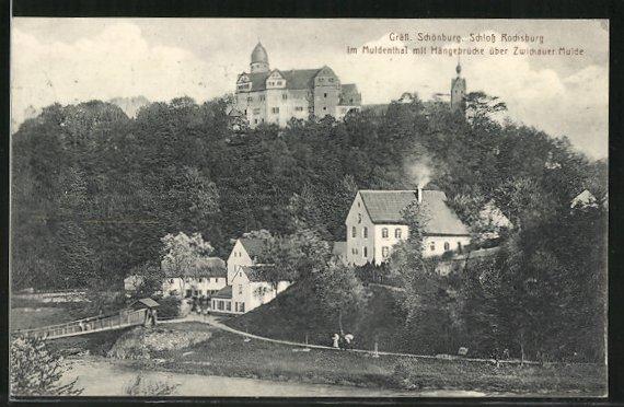 AK Rochsburg, Gräfl. Schönburg im Muldenthal mit Hängebrücke über Zwickauer Mulde