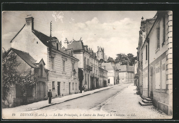 AK Luynes, La Rue Principale, le Centre du Bourg et le Château