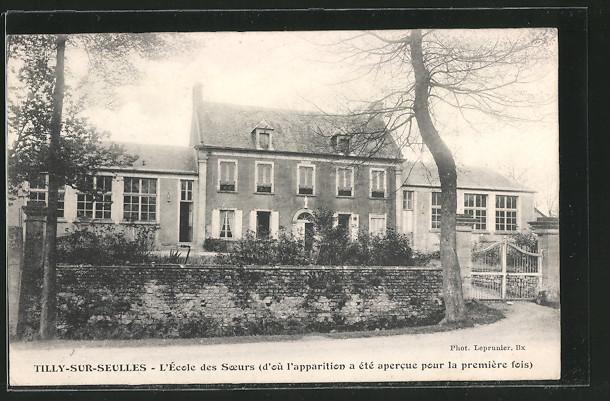 AK Tilly-sur-Seulles, L'Ecole des Soeurs