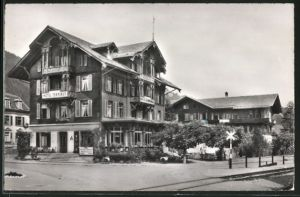 AK Zweisimmen, Hotel Bristol-Terminus von der Strasse aus