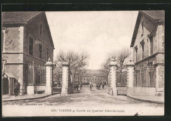 AK Vienne, Entrée du Quartier Saint-Germain