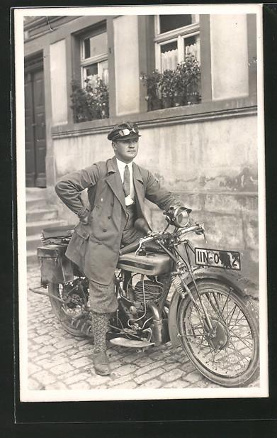 Foto-AK Motorrad Triumph mit Kennzeichen: IIN-0732