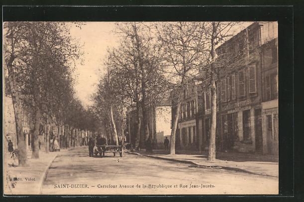 AK Saint-Dizier, Carrefour Avenue de la République et Rue Jean-Jaures, Pferdefuhrwerk