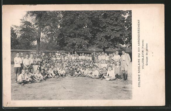 AK Villeblevin, Colonie Scolaire du XIIe Arrondissement, groupe de colons