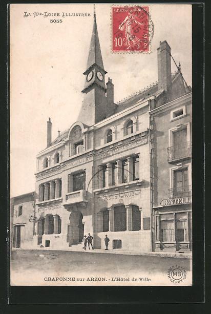 AK Craponne-sur-Arzon, L'Hôtel de Ville