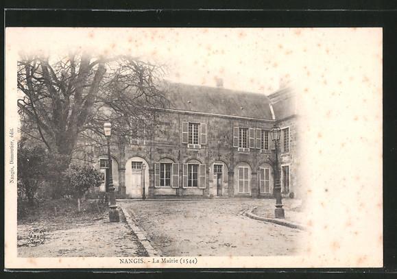 AK Nangis, La Mairie