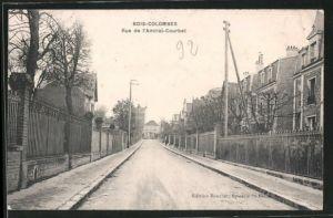 AK Bois-Colombes, la rue de l'Amiral-Courbet déserte