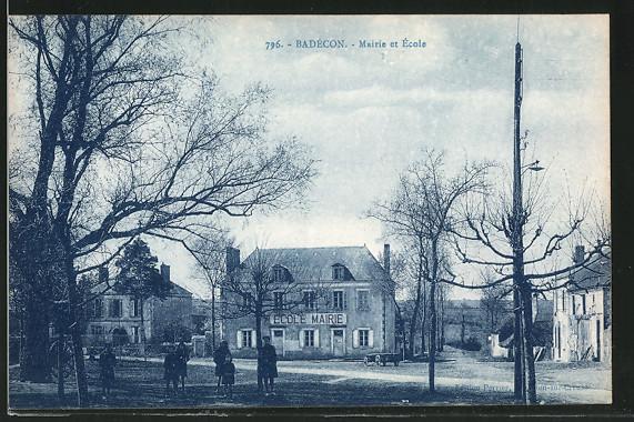 AK Badecon, Mairie et École