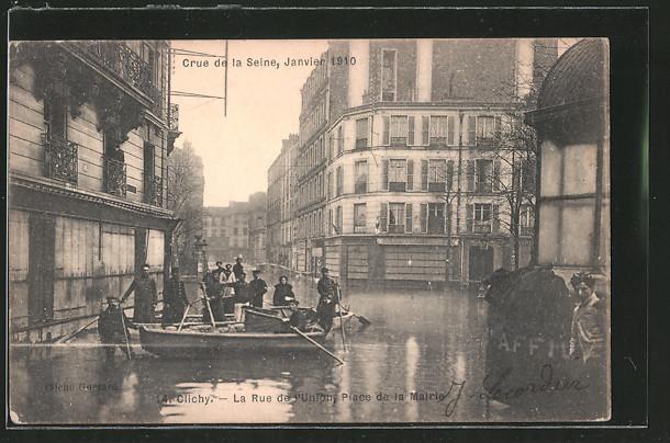 AK Clichy, La Rue de l'Union et Place de la Mairie mit Booten, Hochwasser 1910