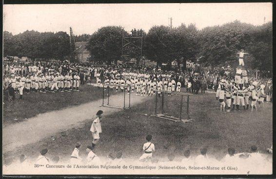AK 36. Concours de l'Association Régionale de Gymnastique (Seine-et-Oise, Seine-et-Marne et Oise), Pyramide