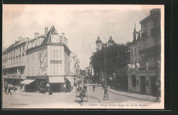 AK Vichy, place Victor-Hugo et rue de Nimes