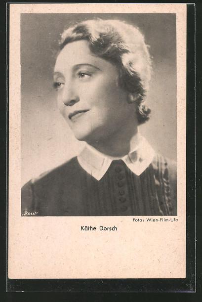 AK Schauspielerin Käthe Dorsch zur Seite schauend