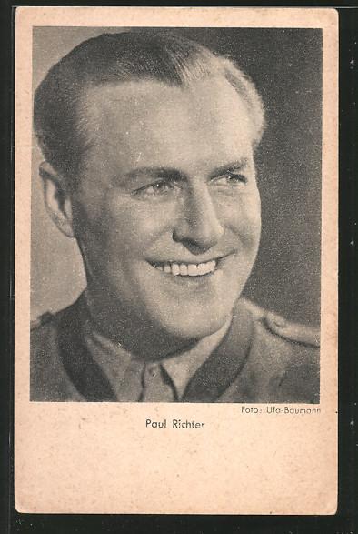 AK Schauspieler Paul Richter lächelnd zur Seite schauend