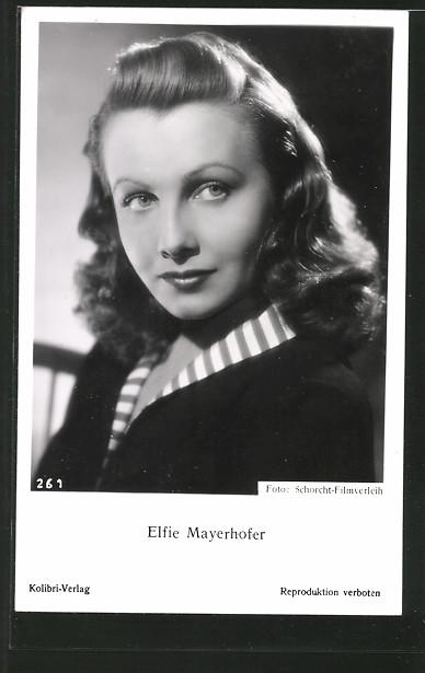 AK Schauspielerin Elfie Mayerhofer zur Seite schauend