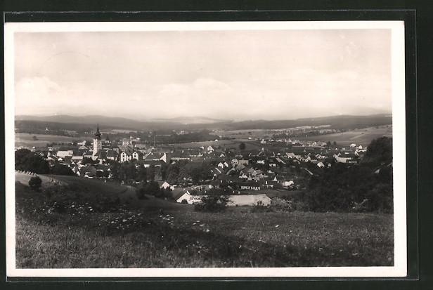 AK Netolice, Ortsansicht von einem Hügel aus
