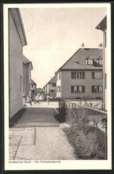 AK Freidorf, Ein Verbindungsweg zu den Wohnhäusern