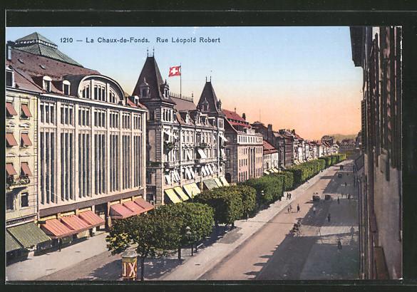 AK Chaux-de-Fonds, Rue Leopold Robert, Litfasssäule