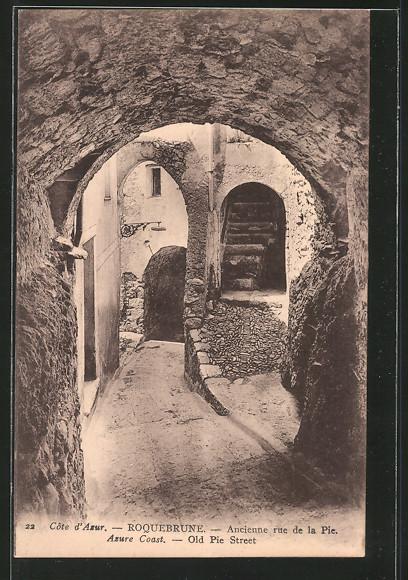 AK Roquebrune, ancienne rue de la Pie