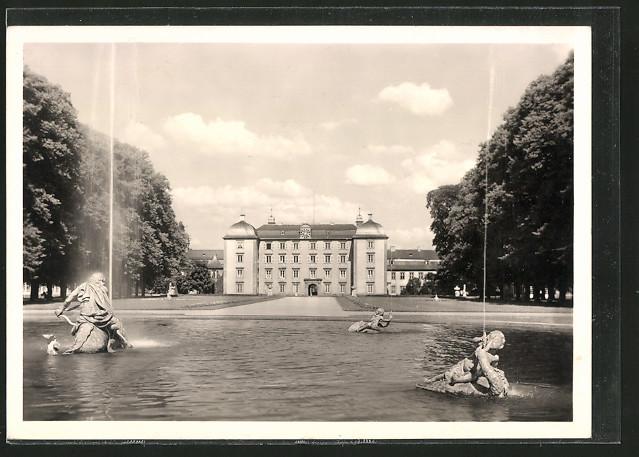 AK Schwetzingen, Blick zum Schloss mit Arion
