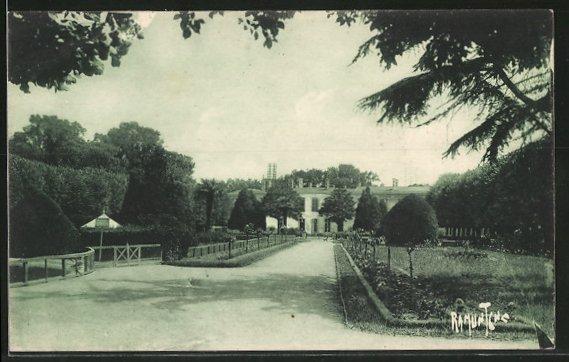 AK Rochefort, jardin de la préfecture maritime