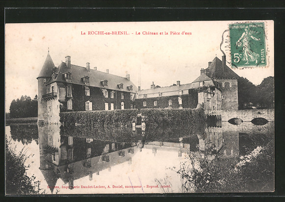 AK la Roche-en-Brenil, le château et la pièce d'eau