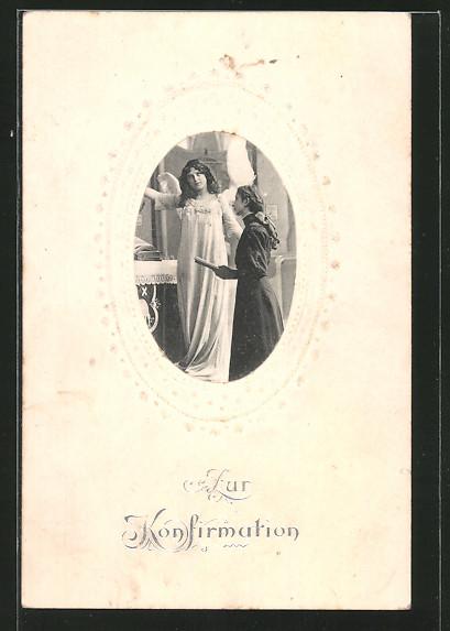 Präge-AK Engel begleitet ein Mädchen bei der Konfirmation