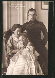 AK Victoria Louise Herzogin von Braunschweig nebst ihrem Gatten und dem Erbprinzen im Arm